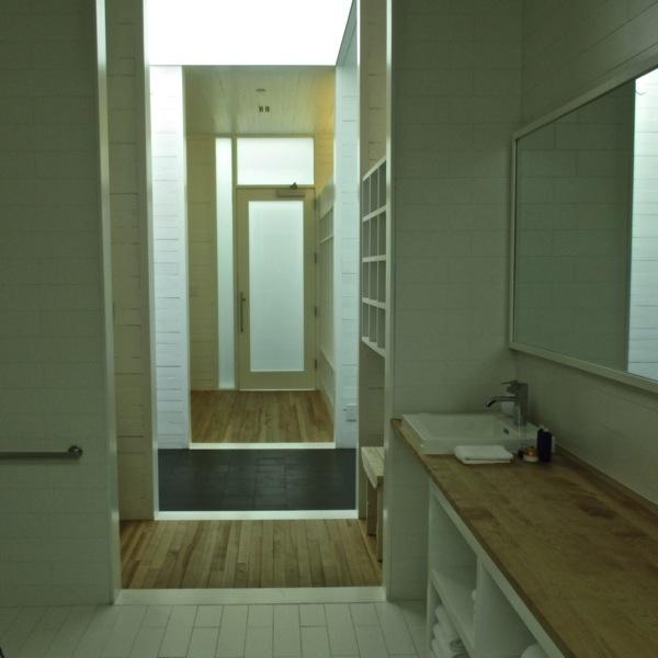 Sauna entry