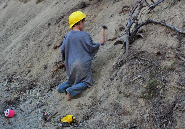 Sandpit worker 2