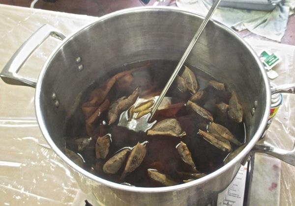Tea dye bath
