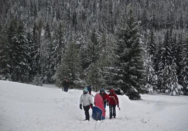 D kids hiking back up